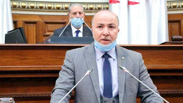 وزير المالية أيمن بن عبد الرحمان